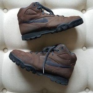 Vintage Nike Hiking Boots Size 7.5 Men's